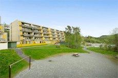 Stor og fin 2(3)-roms leilighet med gode solforhold og utsikt sentralt i Åsane.