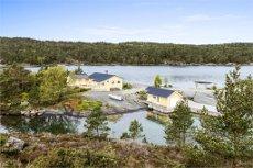 Tysvær/Toftøysund - Nydelig perle i skjærgården - Badevik, naust og 150-200 m strandlinje