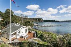 Rognstranda - Innbydende hytte med idyllisk beliggenhet rett ved vannkanten - Panorama sjøutsikt