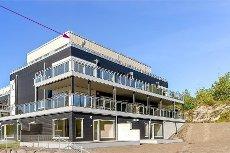 TOPPETASJE I VEAR PARKEN; Nyoppført og innflyttingsklar ende-/hjørneleilighet med terrasse mot sydvest på hele ca.41m²