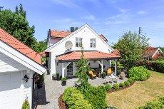 Nøtterøy/Torød - Arkitekttegnet enebolig m/høy standard og flott hage!