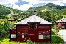 Lys, romslig og luftig leilighet med svært bra beliggenhet. Fri leilighet nær langrennsløyper og Hemsedal Skisenter.