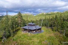 En arkitekttegnet perle ved foten av Hardangervidda - et flott område for friluftsmennesket
