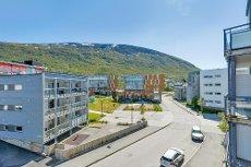 Tomasjord - Prisgunstig 2-roms selveirleilighet med heis og terrasse