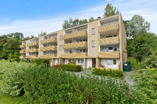 SANDVIKA / Valler - Lys og lekker 2 roms andelsleilighet med balkong. Innflyttingsklar!