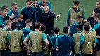 Tottenham coach Mauricio Pochettino, centre, speaks with his players during a training session at the Wanda Metropolitano stadium in Madrid, Friday May 31, 2019. English Premier League teams Liverpool and Tottenham Hotspur are preparing for the Champions League final which takes place in Madrid on Saturday night. (AP Photo/Armando Franca)