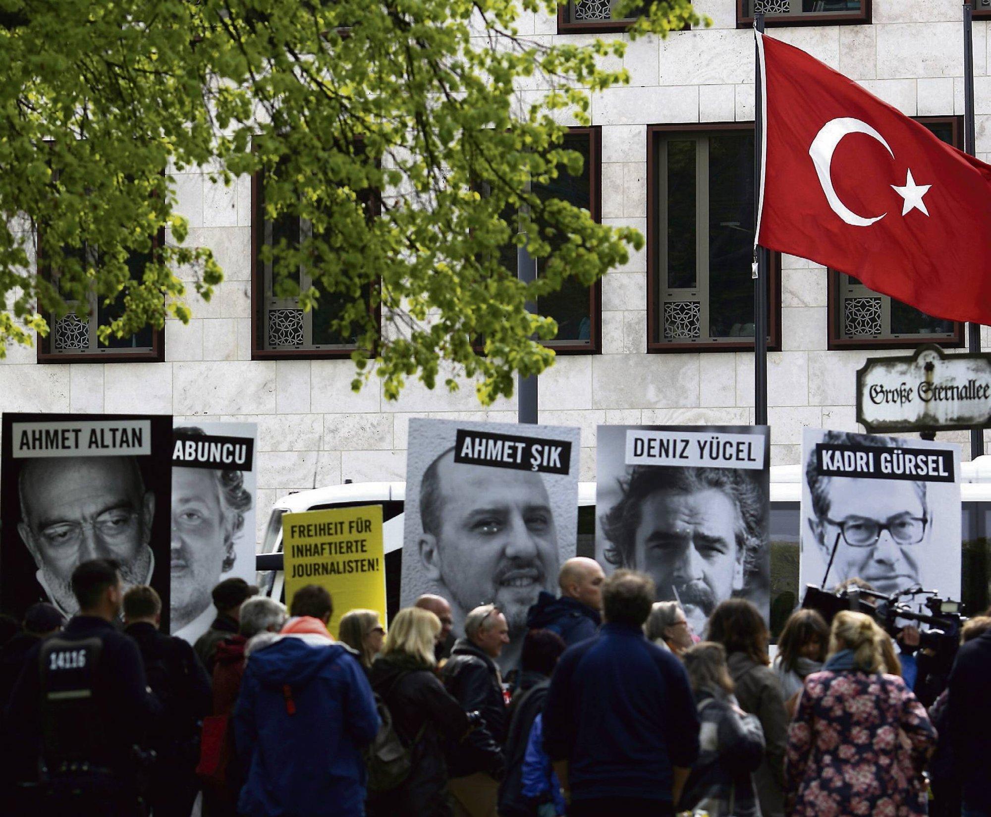 BA mener: Uten frie medier har vi ikke demokrati
