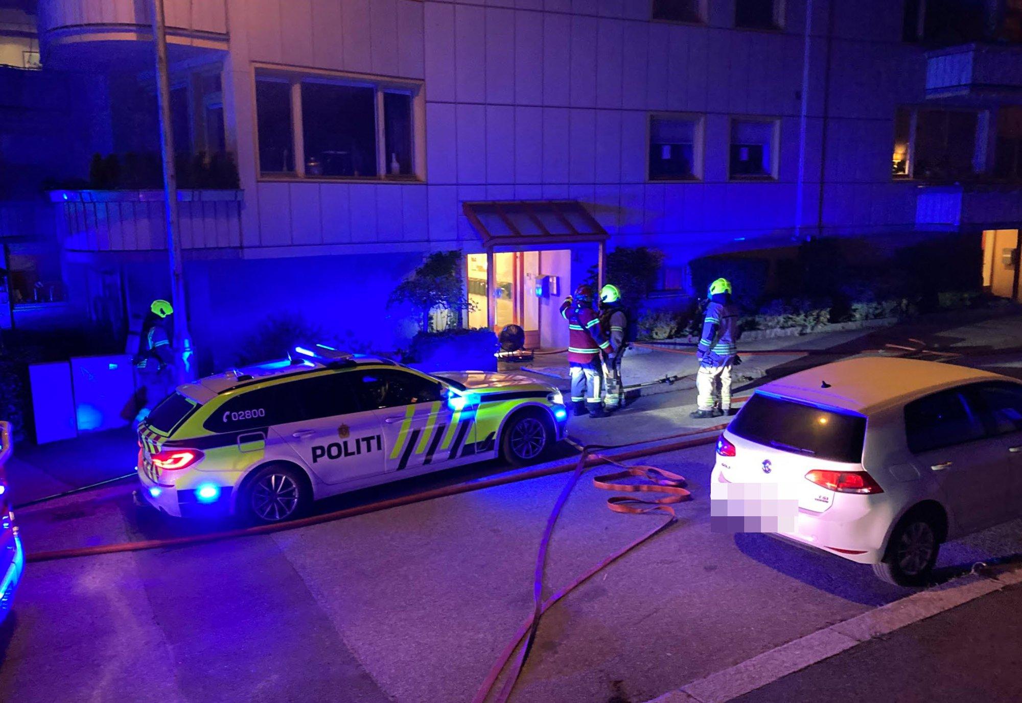 (+) Fredrikstad i natt: Brann i sentrumsleilighet