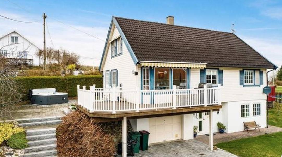 (+) Denne gikk for 8,6 mill. - se hvilke andre eiendommer som ble solgt i gamle Røyken i april