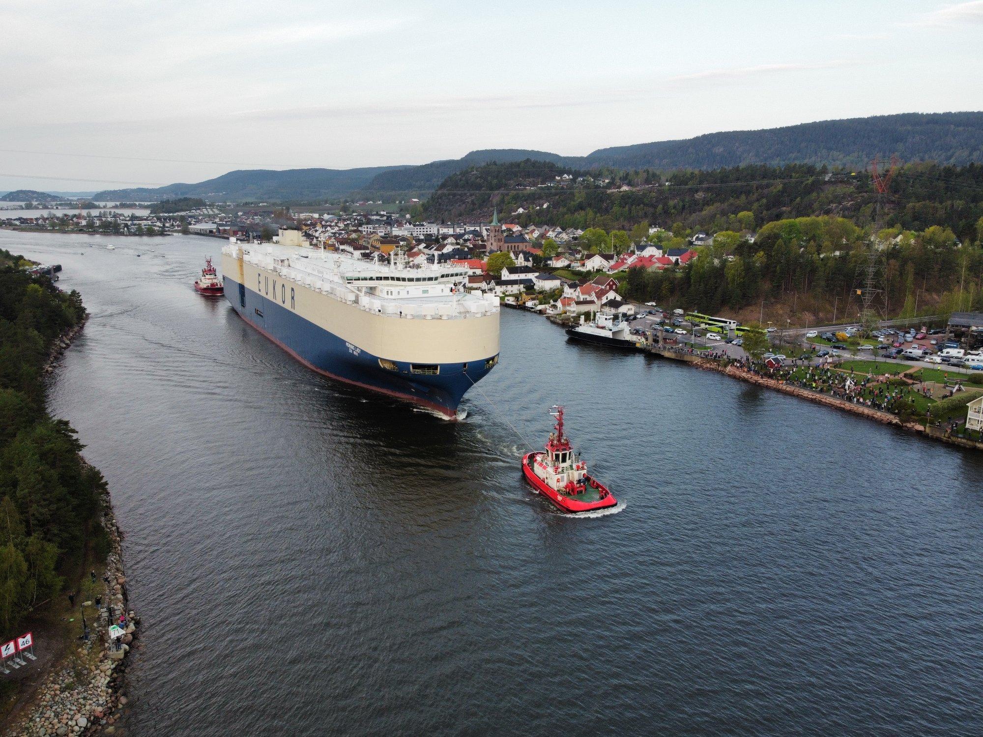(+) «Hele» Norge fikk oppleve Svelvik til morgenkaffen: – Må ta imot alle muligheter vi kan få