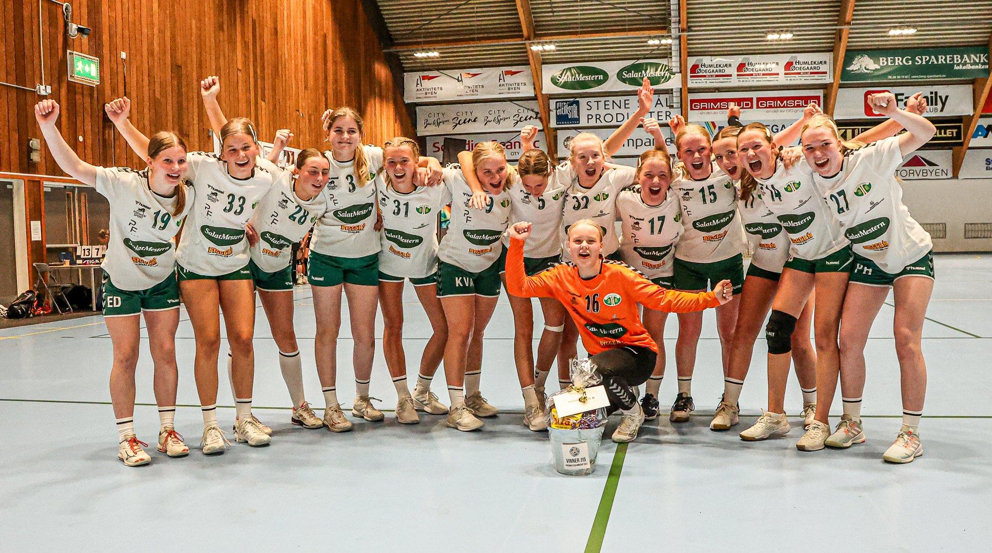 Se bilder fra Fredrikstad cup anno 2021