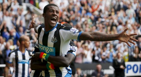 "Football - Newcastle United v Southampton - Barclays Premier League - St James' Park - 9/8/15 Georginio Wijnaldum celebrates scoring the second goal for Newcastle Action Images via Reuters / Lee Smith Livepic EDITORIAL USE ONLY. No use with unauthorized audio, video, data, fixture lists, club/league logos or ""live"" services. Online in-match use limited to 45 images, no video emulation. No use in betting, games or single club/league/player publications.  Please contact your account representative for further details."