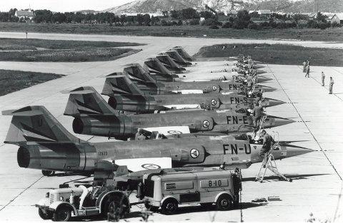 Starfighter: De første Starfighter-flyene kom med hangarskip til Bodø hovedflystasjon og 331 skvadron høsten 1963. Flyene ble på begynnelsen av 80-tallet erstattet av dagens F-16.