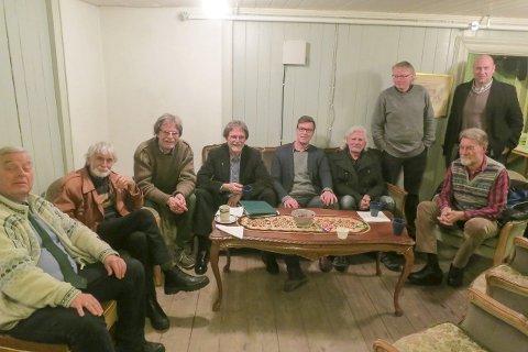 Teaterentusiaster: Sverre Stang, Mogens Skovborg, Pontus Berglund, Ola Berglund, Espen Holtan, Morten Milde, Tord Akerbæk, Jan deVibe og Terje Johansen Saxvik.