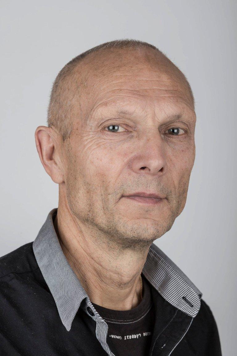 Sigurd Løseth (66), Førde. Journalist.