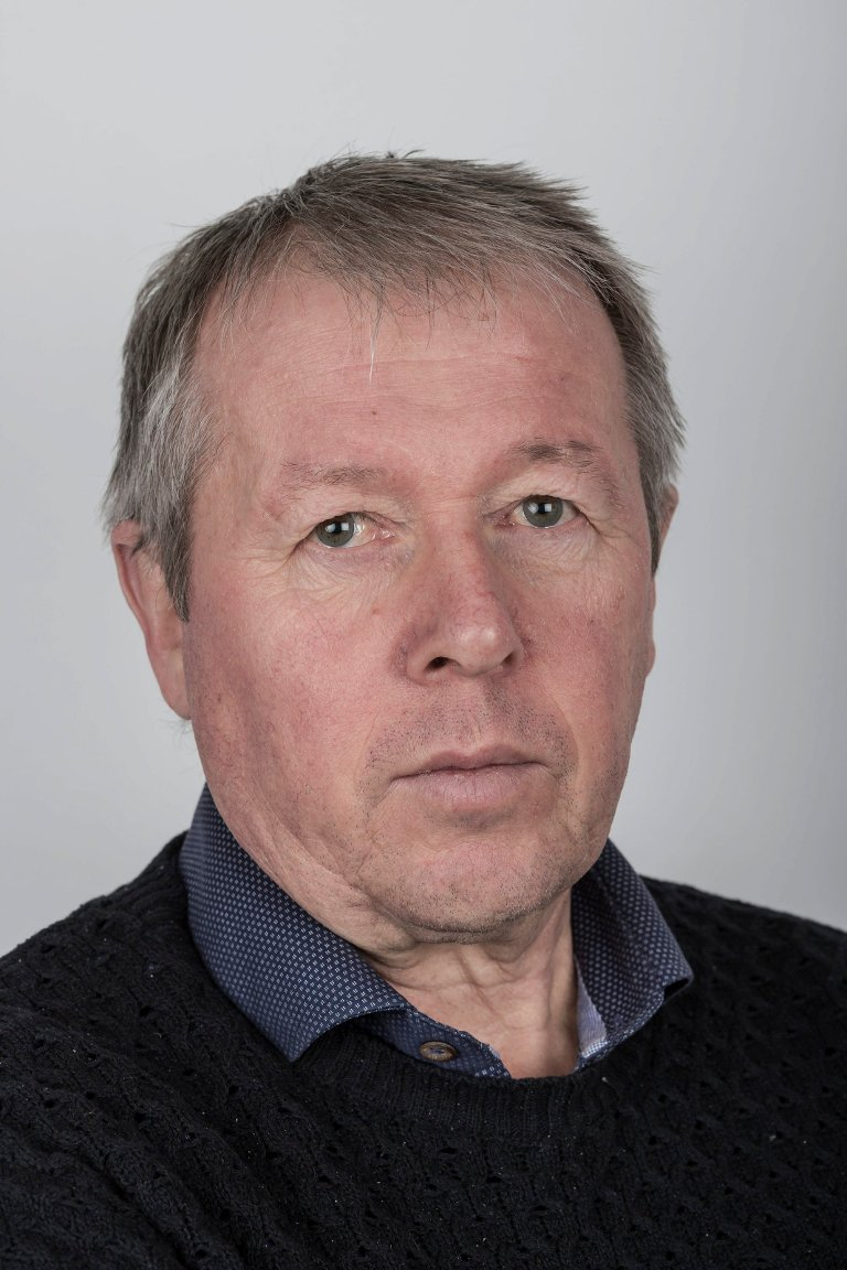 Stig Roger Eide (63), Førde. Journalist.