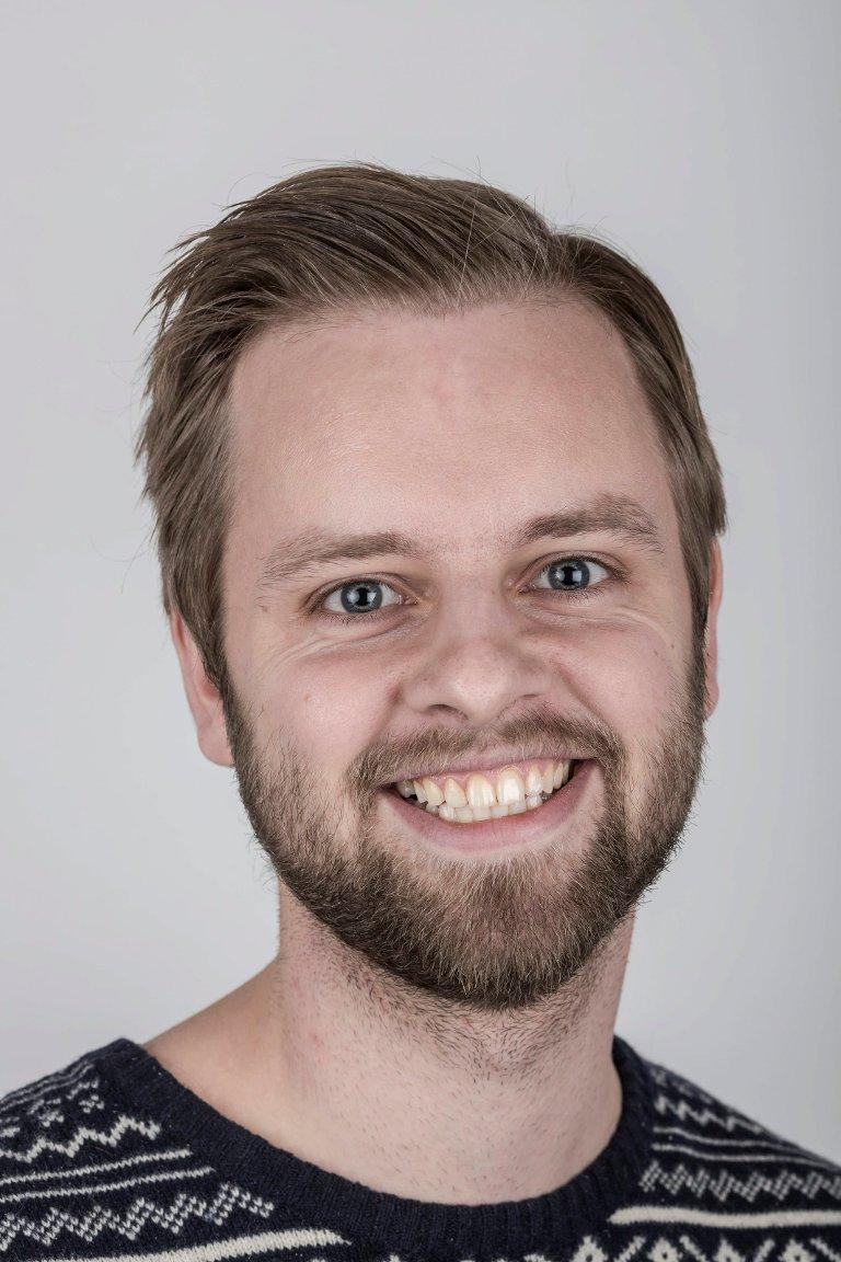 Ivar Bruvik Sætre (25), Førde. Journalist.