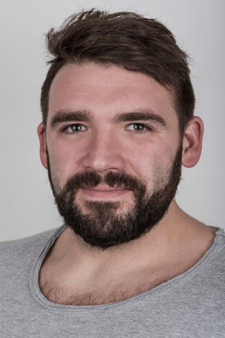 Svein Rune Kjøllesdal (29), frå Utvik, bur i Førde. Journalist og frontsjef.