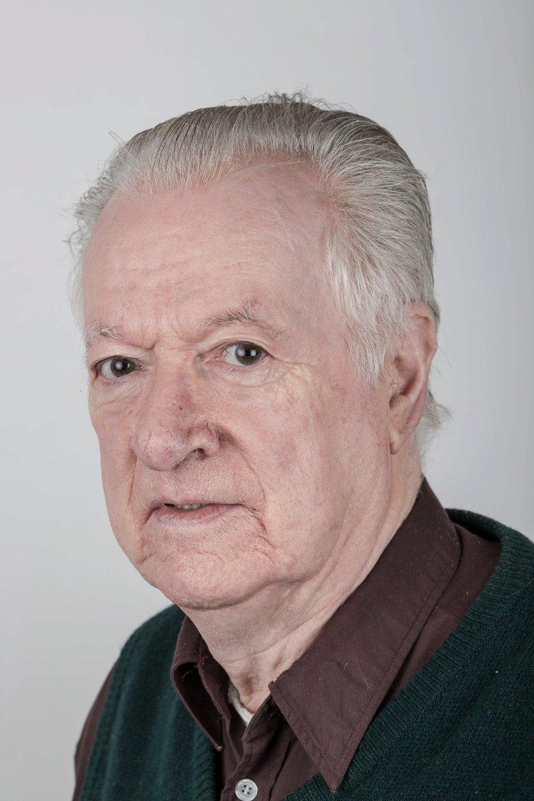 Leif Løseth (75), Høyanger, pakkerimedarbeider.