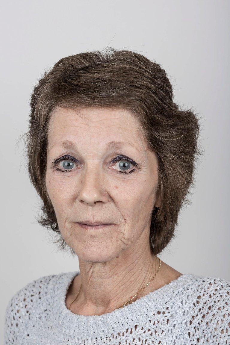 Hagny Grønsberg (59), Førde. Kantinemedarbeidar.