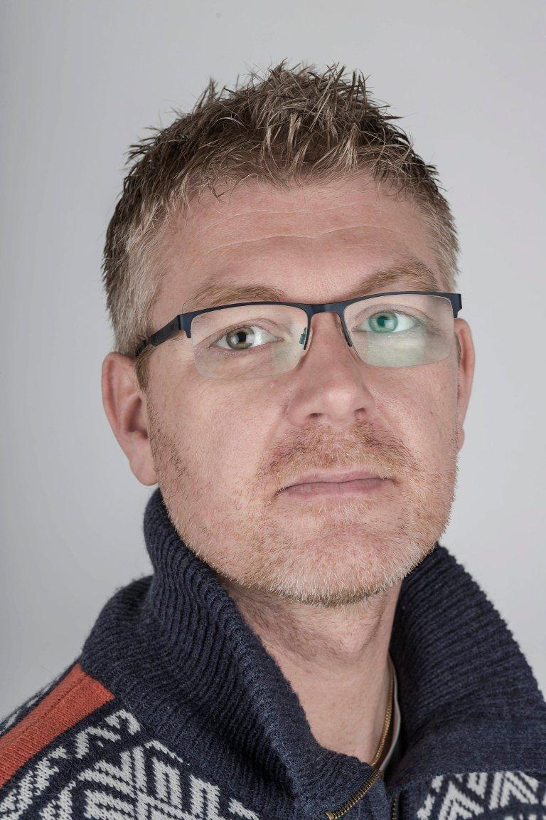 Bernt Ove Berntsen (44), Førde. Grafisk designer/redaksjonell desk.