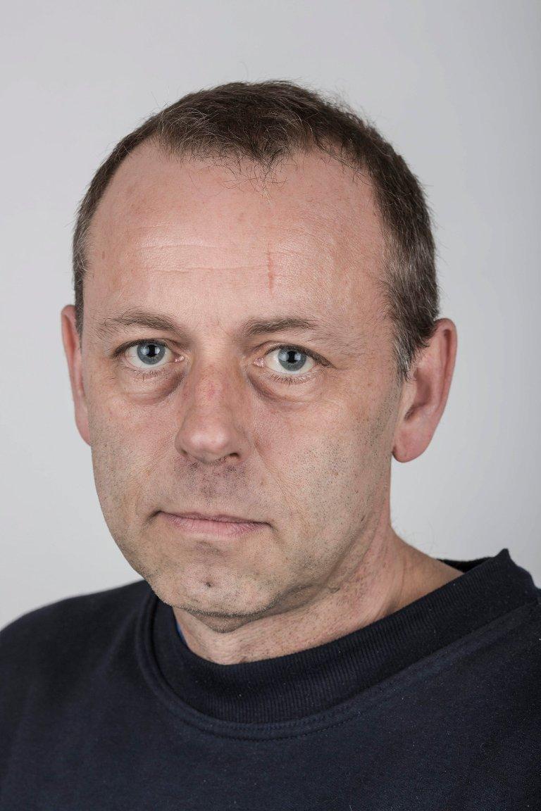 Gunnar Svidal (48), Vassenden i Jølster. Trykkar.