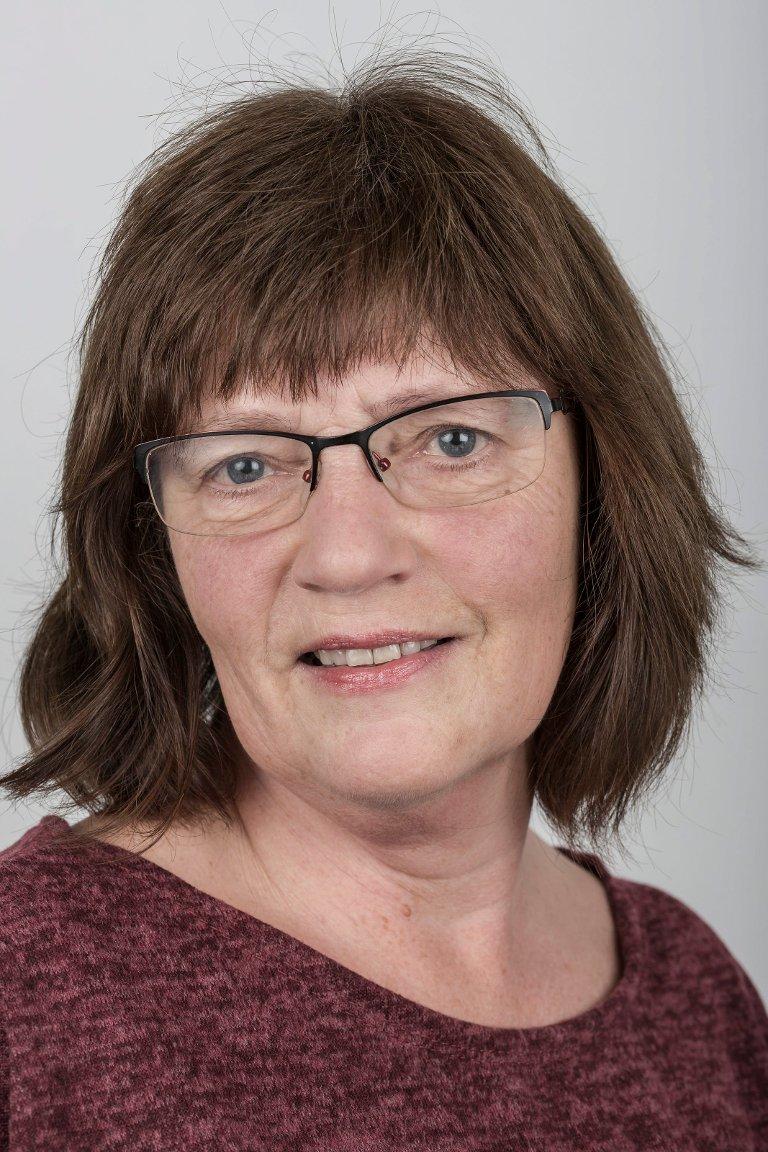 Kirsten Sæther (58), Flora. Ass. pakkerileiar.