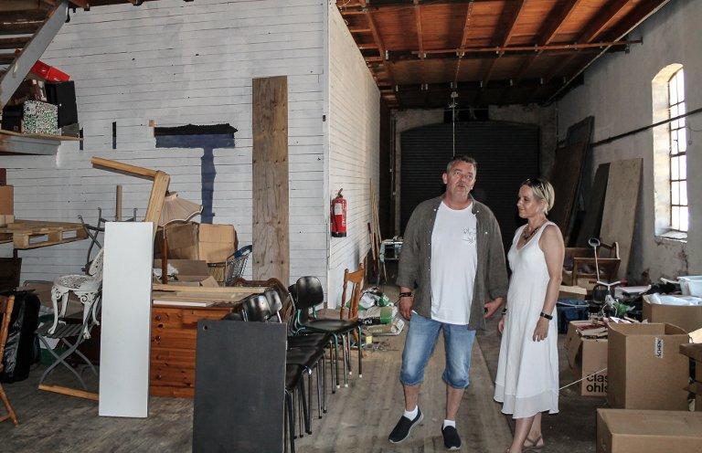 Mange muligheter: Trond Henriksen og Bodil Anita Steinsvik ser mange muligheter i Godshuset.