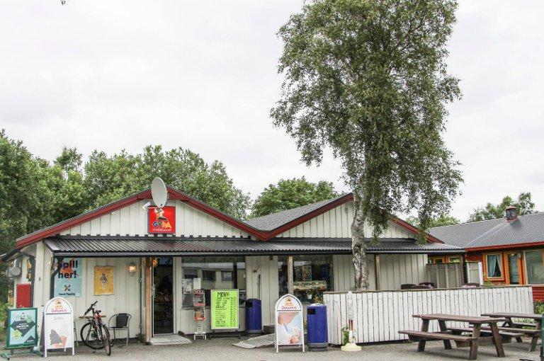 Nå inviterer Norsk Tippingtil kakefest for lottovinneren.