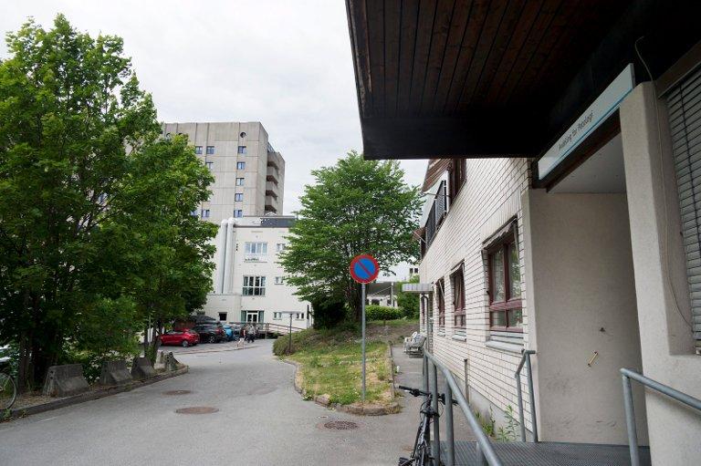 Drammen Sykehus. Eksteriør. Avdeling for patologi