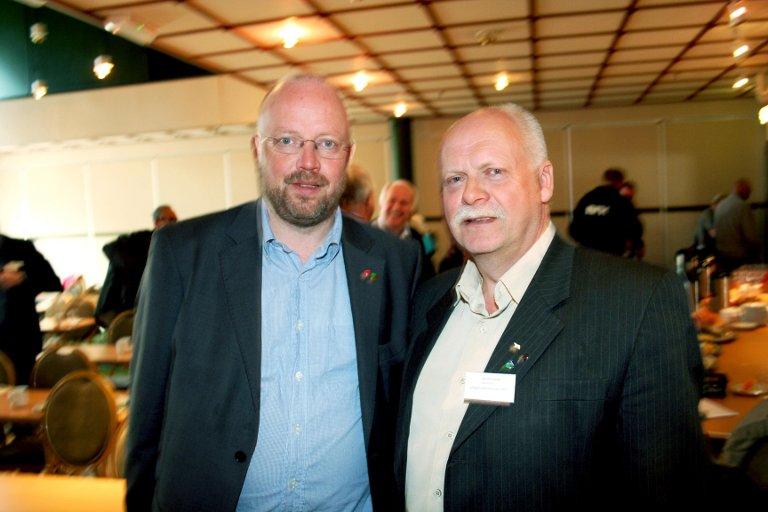 KOMMUNELEDERE:Rana-ordfører Geir Waage og Vefsn-ordfører Jann-Arne Løvdahl har mye å snakke om angående sykehusprosessen- hvis de bare vil.