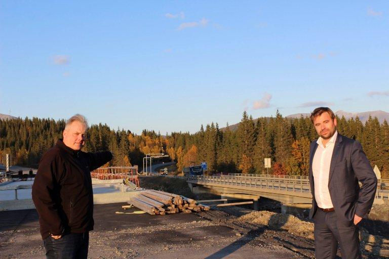 Bjørn Larsen og Allan Ellingsen statssekretær Frp bompenger bomstasjon ny E6