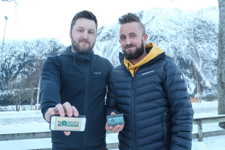 Chris Alexander Nordås og Thomas Nordås Rishaug starter Nordås tømrerservice