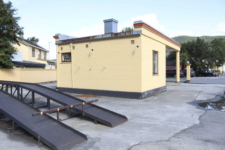 Anno 1933: Den eldste originale bensinstasjonen i Nordland er fredet av Riksantikvaren.