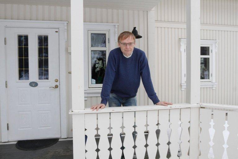 IKKE GJENNOMFØRBART: Øyvind Rømo påpeker at det ikke er gjennomførbart å sperre inne personer i risikogrupper. Foto: Per Vikan