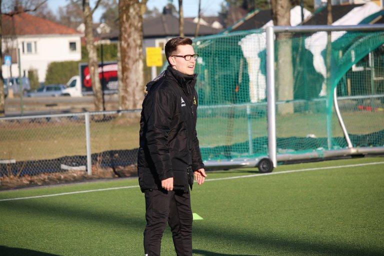 SJEFEN: Det er Kristoffer Kolsrud som har kampleder-ansvaret for MFK II denne sesongen.