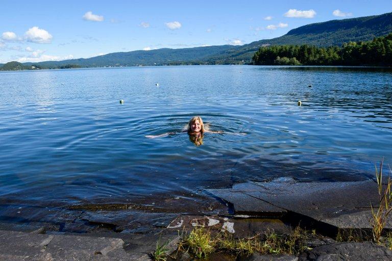 Vivi Rian må ha morgenbad hver dag på Amundøya.