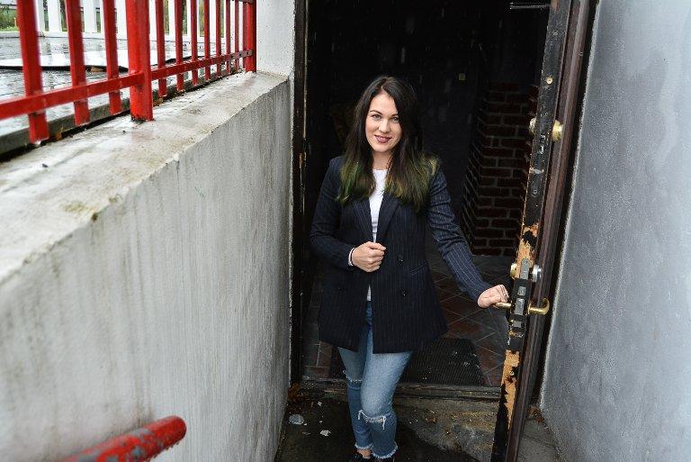 VELKOMMEN: Laura Rumbutyte håper å åpne dørene til Phoenix bar i månedsskiftet september/oktober.