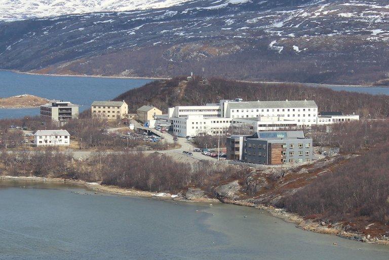 SOLGT: I vår ble Finnmarkssykehuset lagt ut for salg. Nå har det funnet kjøpere.