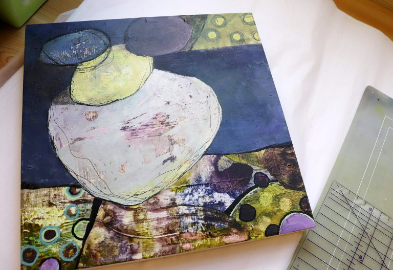 Blåtoner: Ett av de siste arbeidene signert Marit Skog. Noen av arbeidene finnes både i originalversjon og som trykk.