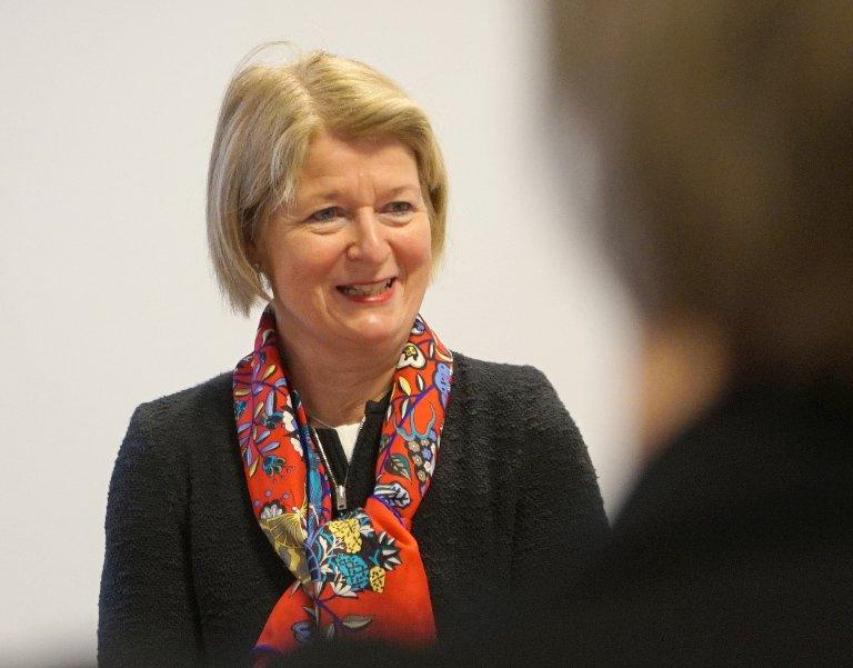 BEKLAGER: UiT-rektor Anne Husebekk beklager at nestlederen i IVT-styret trekker seg. - Jeg hadde gjerne sett at han hadde ringt meg, sier rektoren.