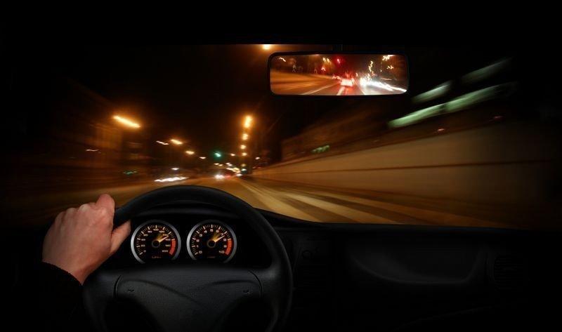 UTSLIPP: Høy fart gir høyere utslipp - naturlig nok.