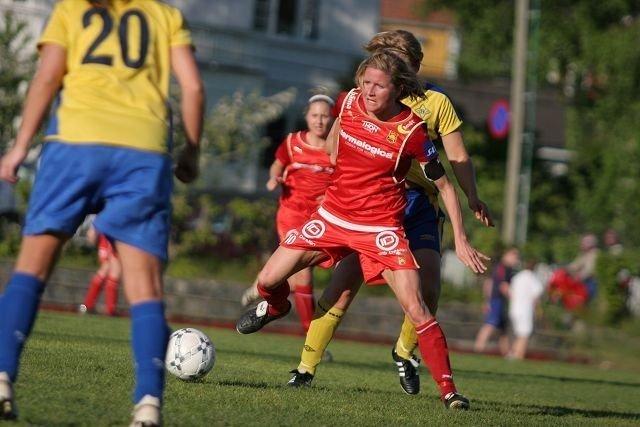 Hyggelig: Det var hyggelig å se Karin Bredland tilbake på fotballbanen.