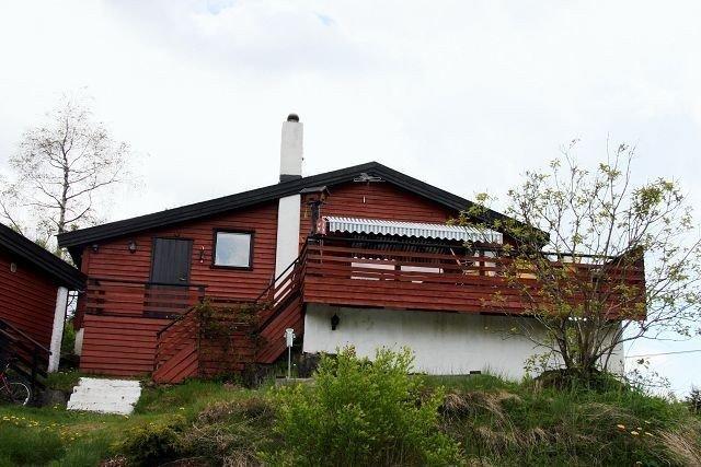 I 17 år har familien Botten/Thomassen fra Sørbråten levd i usikkerhet om sin egen bostatus. Foto: Kristin Tufte Haga
