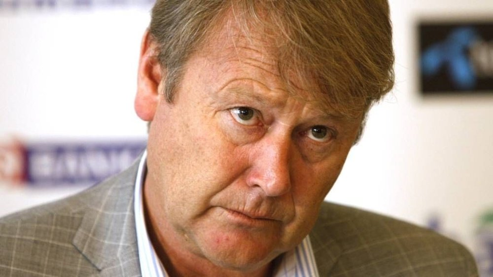 - Du kan ikke true spillere til prestere sier Åge Hareide - og gir spillerne sine ultimatium.
