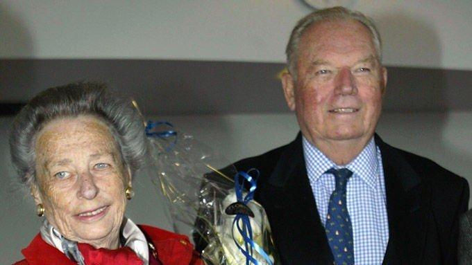 Erling Lorentzen, og hans kone prinsesse Ragnhild, under feiringen av deres gullbryllup i 2003.