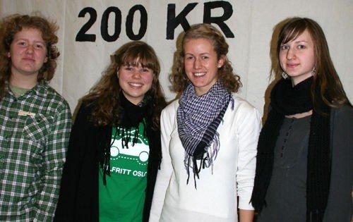 Elin Swärd (f.v), Asta Rønning Fjærli, Maren Drolsum Brumoen og Astri Strand Lindbæck ble valgt inn sentralt i Natur og Ungdom som representanter fra Oslo Vest Natur og Ungdom.