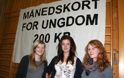 Tonje Vaksvik (t.v.), Idunn Hylland og Ingrid Strand ble valgt inn sentralt i Natur og Ungdom som representanter fra Nordre Aker Natur og Ungdom.