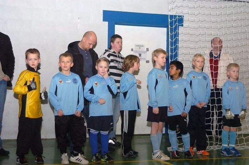 Fra v: Jacob, Jørgen, Lone, Kjell, Ask, Vithusan, Erlend, Kasper.