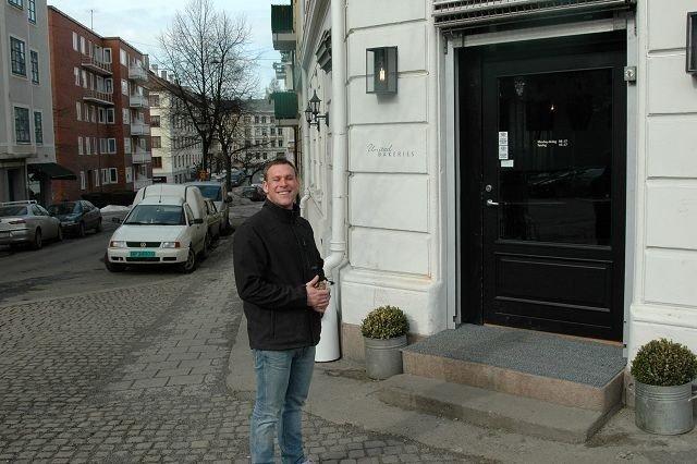 FORTVILET: Mattias Dröschmeister i United Bakeries vil heller stenge kafeen, enn å bygge toalett. FOTO: IVAR BRYNILDSEN.